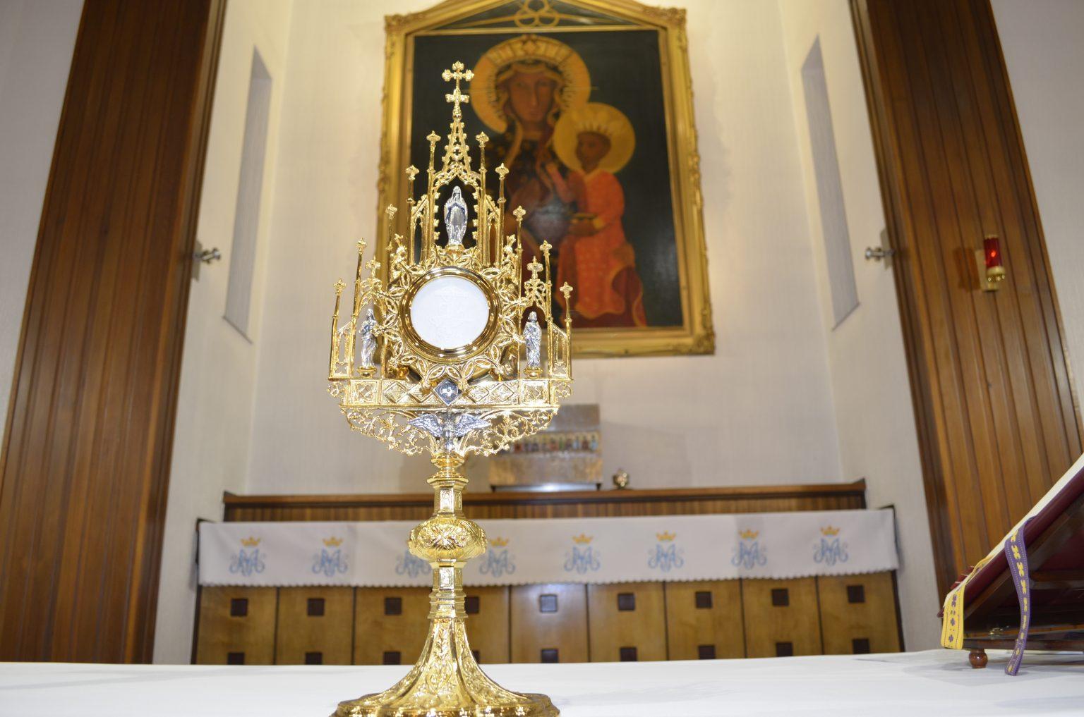 Eucharystia to Żywy, Zmartwychwstały Chrystus